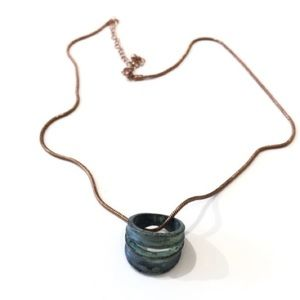 9 1/2 Inch Necklace With Green Ring Pendant